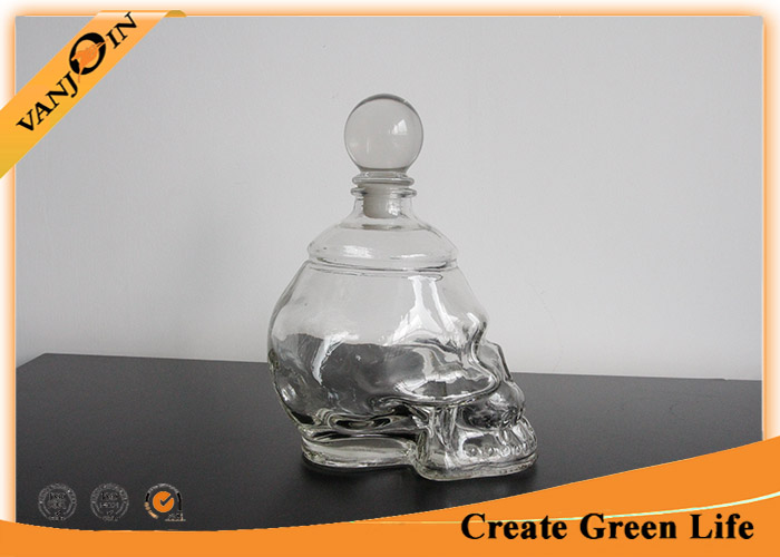 750ml Empty Skull Shape Decorative Glass Bottles with Cork ,  Glass Bottle for Liquor or Wine