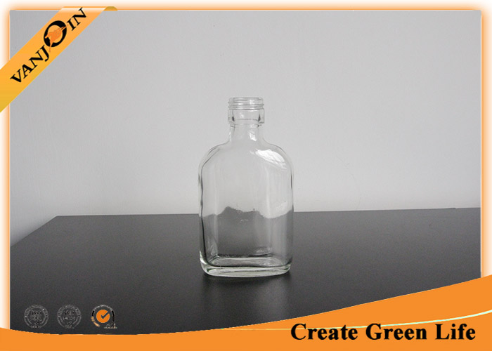 Clear Short Neck 230ml Flat Glass Liquor Bottles with Screw Top , Small Wine Bottles