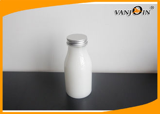 China Oval Round Transparent PET Plastic Juice Bottles with Screw Caps for Milk or Beverage supplier